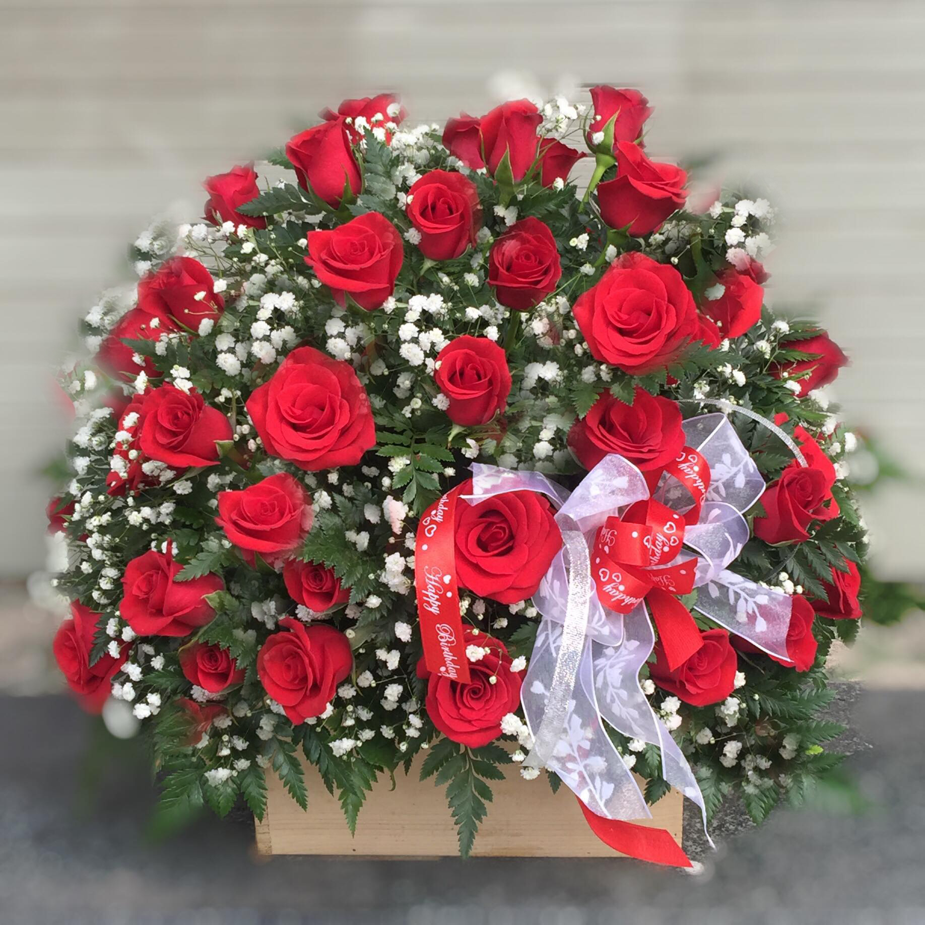 50 Red roses in basket (4mua BMS-007A)