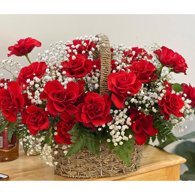 2 Dozens Red Roses in basket (4mua BMS-007C1)