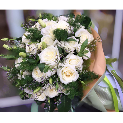 Three Dozens White Roses bouquet (4mua BOU-RO36W1)