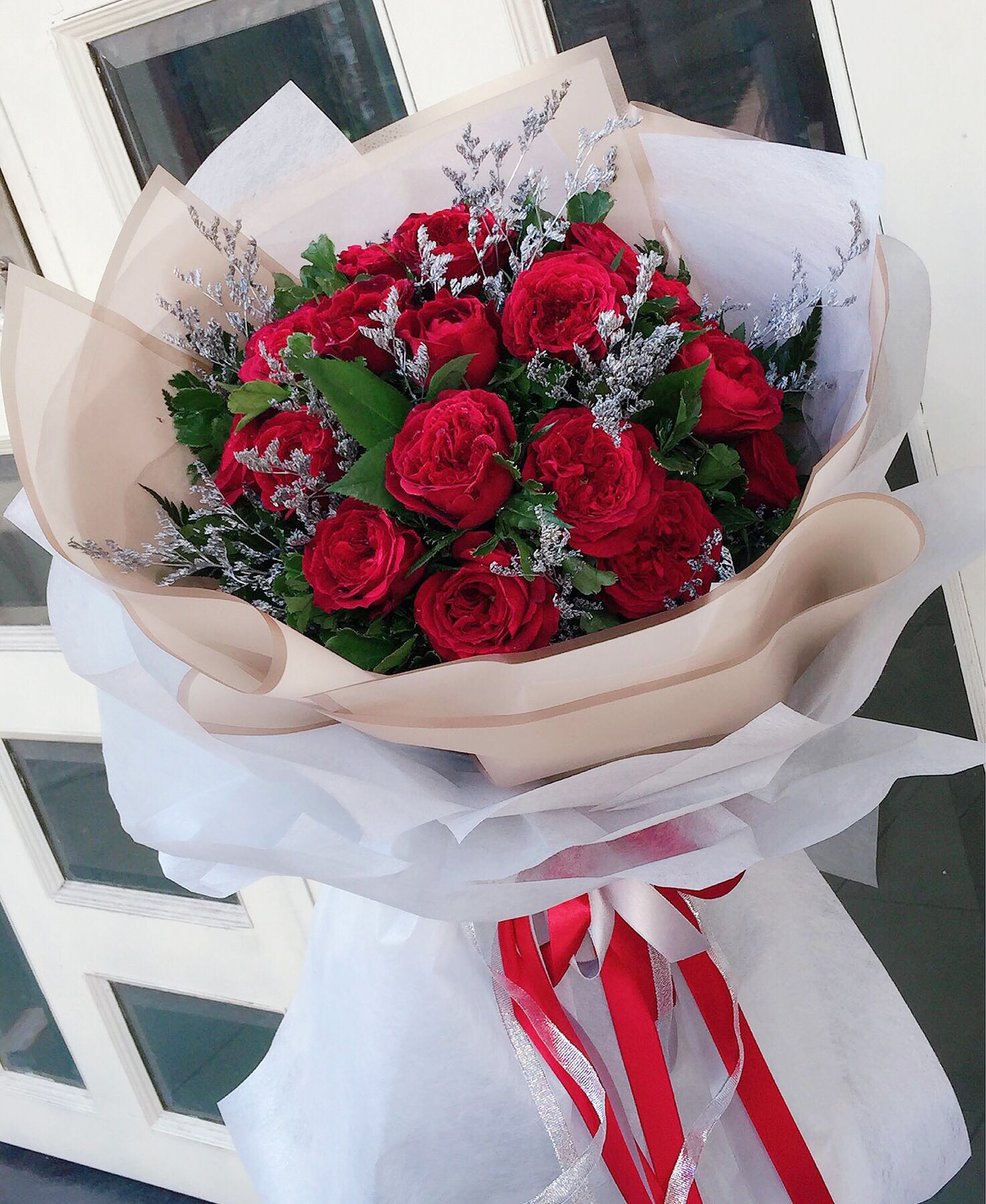 20 Red Roses bouquet / special (4mua HHF-20RRBOU/SP)