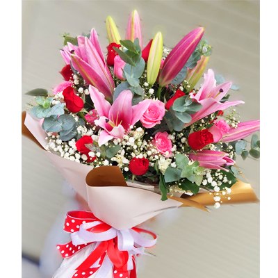 Red and Pink Roses with Lilies Bouquet (4mua HHF-BOU110)