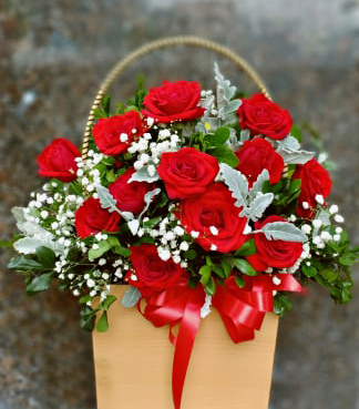 One Dozen Red Roses in Basket (bonmua HHF-R01BA)
