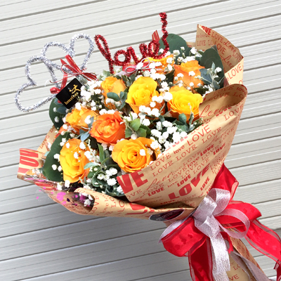 A Dozen Yellow Orange Roses Bouquet (4mua HHF-R02BOOR)