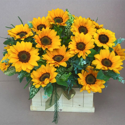Box of Sunflowers (4mua HHF-SUN01BA)